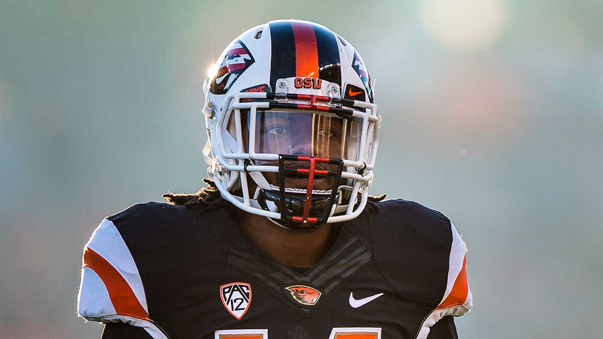 reputable site fecb0 77828 Treston Decoud Realizes Dream in NFL Draft - Oregon State ...